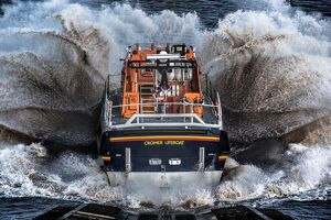 Cromer Tamar class lifeboat Lester 16-07 launching down the slipway